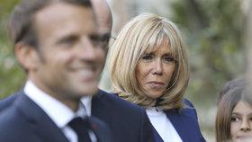 Brigitte Macronová změnila názor a ujala se veřejné funkce. Manžel musel dát souhlas