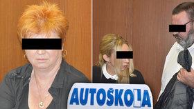 Podvody v autoškolách na severu Moravy: Majitelé prý účtovali úřadu práce jízdy, ty se nekonaly