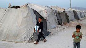 Bomby padají na školy i uprchlické tábory, varuje OSN. Domovy v Sýrii opustilo 300 tisíc lidí