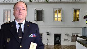 """Ničivé povodně jako první ostrá zkouška: Štefan Molnár (55) řídil stovky hasičů. """"Nejhorší okamžiky mé kariéry,"""" říká"""