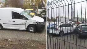 Kamion vyletěl z dálnice na parkoviště: Smetl bezmála 30 aut!