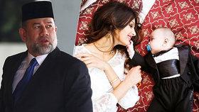 """""""Zrádná"""" Miss Moskva tlačí na sultána: """"Je to tvá kopie,"""" píše mu o synovi v novém dopisu"""