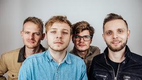 Písničkář Thom Artway rozezní Malostranskou besedu: Nové písně, Karel Kryl i speciální host