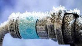 Mráz je prevít: Jak ochránit potrubí a vodoměry? Pomůže vata či polystyren, radí PVK