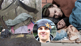 Pomáhá bezdomovcům na okrajích Prahy. Zachránit všechny nejde, říká streetworker David