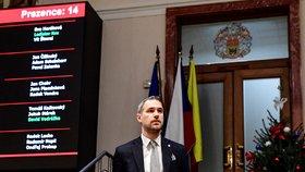 Dusno na pražském zastupitelstvu: Mnohahodinová diskuse o rozpočtu! Opozice ho kritizovala, pak ho odklepli