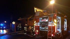 Tragický požár chatky na Opavsku: V plamenech zemřel člověk