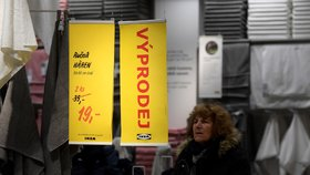 Povánoční výprodeje odstartovaly, další slevy obchodníci chystají na leden