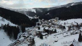 V Krkonoších napadlo až 15 čísel sněhu. Horská služba varuje před lavinami