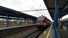 11 kilometrů za tři miliardy: Začíná rekonstrukce železnice z Dětmarovic do Polska