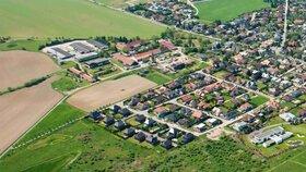 """Šeberovská """"škatulata."""" Místo základky úřad, ten stávající nahradí byty. Podmínkou je nová škola"""