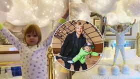 Malý car Pljuščenko slaví narozeniny: Utrápený výraz místo dětské radosti!