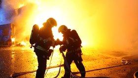 Vejprty nejsou nejtragičtější. Při požárech v Česku umírali i turisté, lidé se dusili