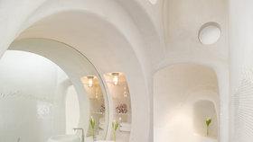 Nádhera! Architekti navrhli koupelnu inspirovanou rockovou kapelou