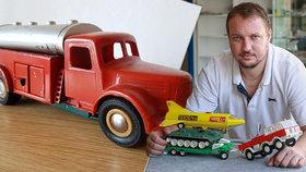 Za rozbité autíčko dal český sběratel 22 000 korun. Nemáte podobnou hračku doma?