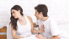 Kdy začít se sexem, když vám byl muž nevěrný? Pomůže nevěru oplatit? Zeptali jsme se terapeutů