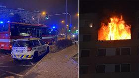 Panelák v Kladně zle poničil tragický požár: Vystěhovaní obyvatelé si konečně mohou jít pro věci