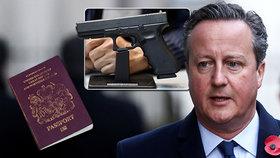 Bodyguard expremiéra nabitou zbraní v letadle vyděsil cestující: Vzpoura na palubě