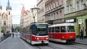 Prázdninový provoz pražské MHD: Jak pojede? Delší intervaly, žádné školní autobusy