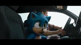 Akčňák Ježek Sonic: Legendárního modrého hrdinu honí šílený Jim Carrey