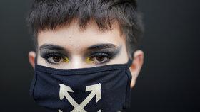 Koronavirus udeřil ve světě módy. Číňanka má v Londýně problém