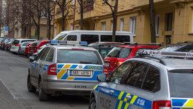 Hádka v Plzni skončila krveprolitím: Muž měl bodnout partnerku nožem