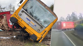 Drsná srážka kamionu s houkajícím vlakem: Řidiči za ni hrozí pět let vězení!