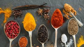 Skladování koření. Nejlepší tipy, jak uchovat jeho specifickou vůni a chuť