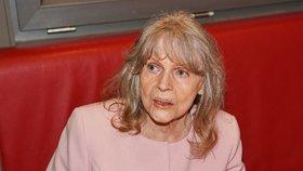 Poslední chvíle Evy Pilarové (†80): Smířený odchod na morfiu