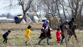 Turci otevřeli migrantům bránu do Evropy. Bulhaři a Řekové míří k hranicícm