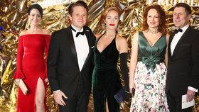 Ples v Rudolfinu: Partyšová v rudé, Hrubešová s partnerem i Brzobohatý s manželkou