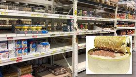Vyprodané konzervy, těstoviny a rýže v Česku? Koronavirová panika v obchodech polevila