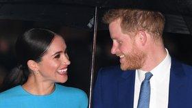 Harry a Meghan zpátky v Anglii. Co všechno je jinak a proč jim to tak sluší?