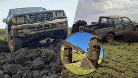 Blbec za volantem smetl vzácnou sochu na Velikonočním ostrově! Způsobil ohromnou škodu