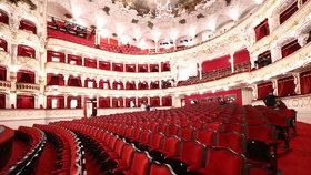 Ruské divadlo za časů koronaviru: Do hlediště může jenom jeden divák