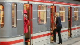 Změny v pražské MHD od června? Dopravní podnik má zkrátit intervaly metra, navýšit počet spojů