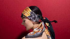 Jarní šátky na sto způsobů: Jak se letos nosí? Inspirujte se módní přehlídkou!