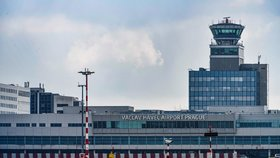 Nouzové přistání na pražském letišti! Nákladní boeing měl problémy s hydraulikou