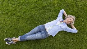 Jak mít letos nejlepší trávník, který vám budou všichni závidět?