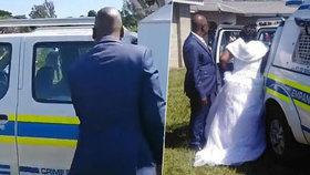 Snoubenci si během karantény uspořádali velkou svatbu: Policie je zatkla i se všemi hosty!