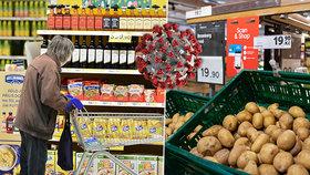 Nákaza koronavirem z jídla nebo obalu potravin? WHO popsala, jestli je možná