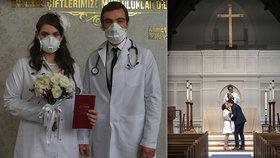 Svatby bez hostů i novomanželé s rouškami: Jak vypadají svatby v období pandemie?