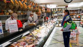 Pandemií zničená Itálie chystá restart. Otevře továrny, děti se do škol podívají až v září