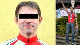 Cyklistu Karla (†40) při tréninku na Klatovsku smetl cizinec v autě: Zůstaly po něm dvě malé holčičky