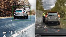 Pirát na Chebsku proletěl kolem policistů: Jel rychlostí 183 km/h!