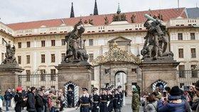 Pražský hrad se otevře návštěvníkům zdarma: Po koronavirové pauze chce oživit turistický ruch