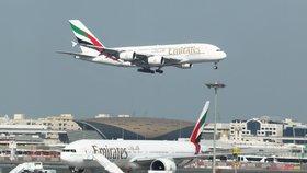 Vlna vyhazovů v Emirates. Aerolinky chtějí kvůli viru zrušit 30 tisíc pracovních míst