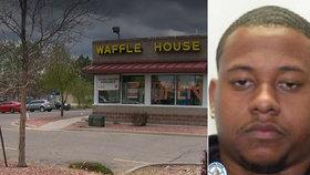 Restaurace odmítla obsloužit muže bez roušky: Rozzuřený zákazník se rozhodl pomstít
