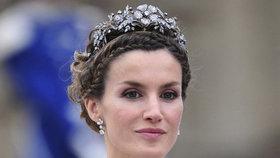 Královna podstoupila testy na koronavirus! Monarchie v ohrožení?