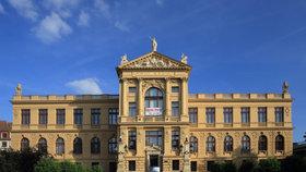 Muzeum města Prahy se začne rekonstruovat až v listopadu. Průtahy způsobily obavy o Langweilův model